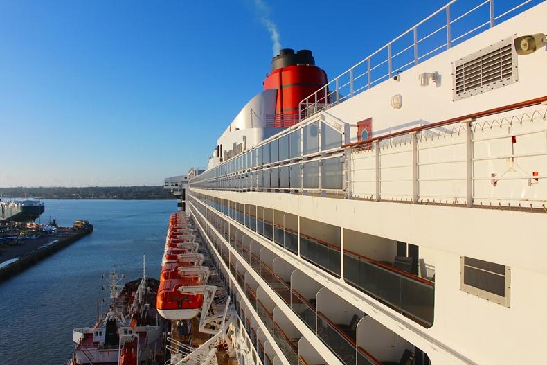 Mit Mützen im Whirlpool – Queen Mary 2 Kreuzfahrt im Herbst