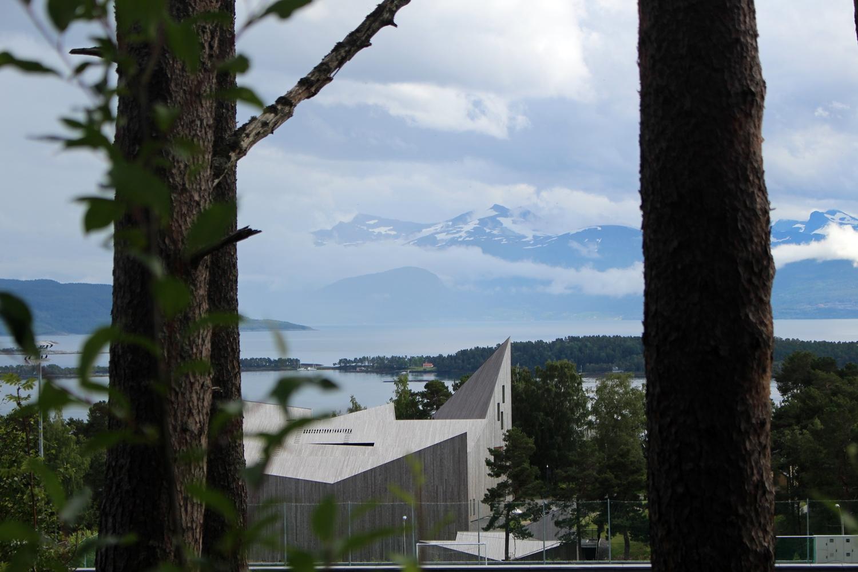 Blick auf Molde und das Romsdalmuseum