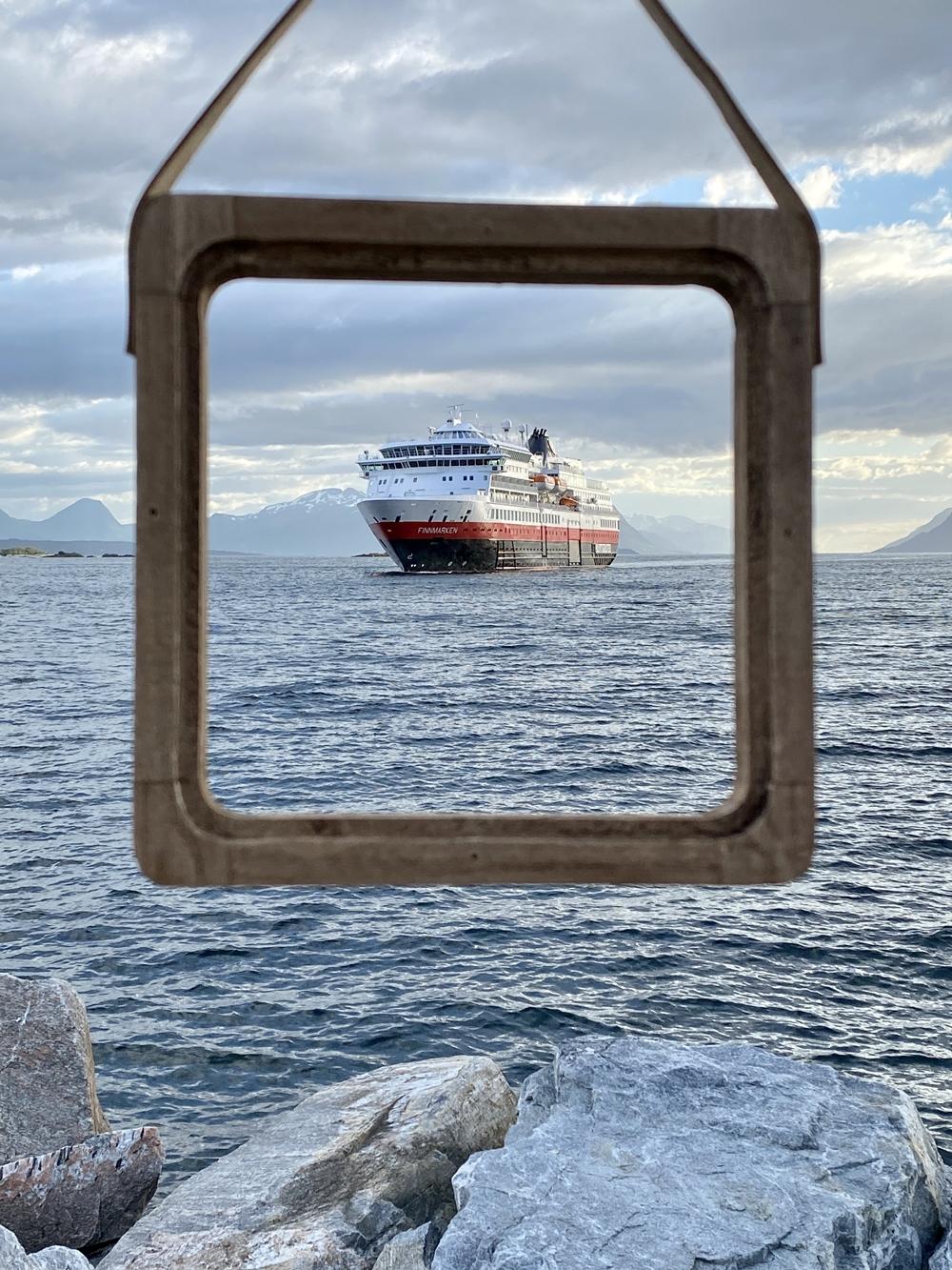 Am Abend trifft MS Finnmarken in Molde ein